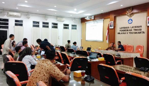 Simulasi Penggunaan Aplikasi e-Presensi Dosen DPK di LLDIKTI Wilayah V Yogyakarta 14