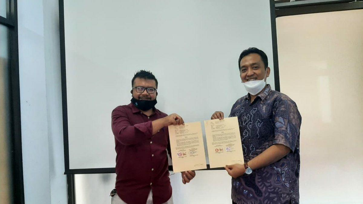 Penandatanganan MoU Implementasi MBKM dengan FTI Universitas Mercu Buana Yogyakarta