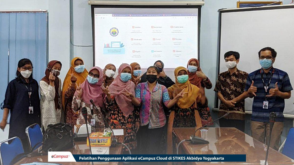 Pelatihan Penggunaan Aplikasi eCampuz Cloud di STIKES Akbidyo Yogyakarta